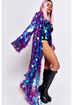 Shine bright like a glistening diamond in our fabulous sequin kimono! black mesh floor length kimono covered in large purple iridescent sequins dropped shoulders long sleeves open front fully lined model is 5 ft 5 and wears a size s/m Sequin Kimono, Sequin Outfit, Sequin Maxi, Sequin Jacket, Festival Wear, Festival Outfits, Festival Fashion, Stage Outfits, Fashion Outfits