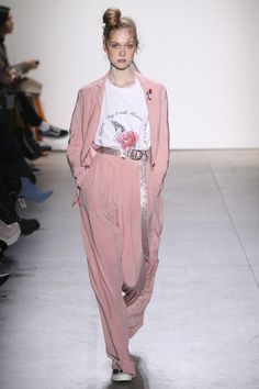 http://www.vogue.com/fashion-shows/fall-2017-ready-to-wear/adam-selman/slideshow/collection