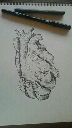 Y que tu mano, apriete mi corazón y no lo suelte jamás. Pues aunque causes un poco de daño, el asentimiento que siento lo superará, pues tu estas conmigo.