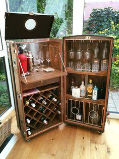 vintage steamer trunk style folding drinks cabinet l8 kitchen home dream home. Black Bedroom Furniture Sets. Home Design Ideas