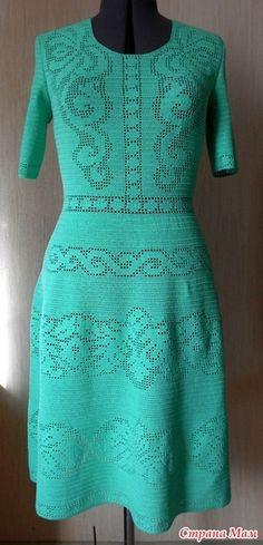 """Доброе вам утро, дорогие Страномамочки!!! Я к вам с отчетом об отпуске )))))))  Очень нравилось платье """"Сухоцвет"""" от Валентино... Платье красивое, но мне кажется, что его мало вяжут..."""