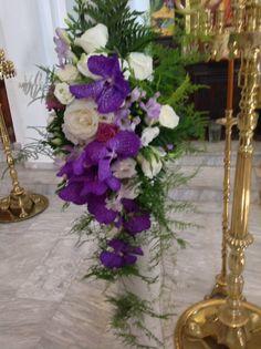 Lambades Orthodox Wedding, Church Wedding Decorations, Flower Arrangements, Glass Vase, Flowers, Home Decor, Floral Arrangements, Decoration Home, Room Decor