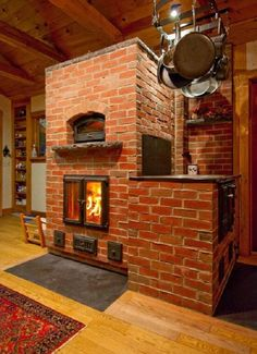 Beautiful Masonry Heater with Wood Fired Oven -- Maine Wood Heat Pizza Oven Fireplace, Stove Fireplace, Brick Fireplace, Wood Oven, Wood Fired Oven, Log Homes, Tiny Homes, Indoor Pizza Oven, Wood Burning Heaters