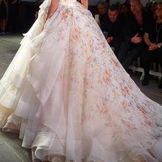 This skirt is -- everything. #laflorbylazaro #floral_perfection #signatureprint #thelazaroway #runway #jlmspring2016 #lazarobridal #tulleontulleontulle #dramaticskirt #yestodrama #lazaroskirt