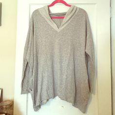Grey PCH oversized dolmain hooded top. Size M. Grey hooded oversized top (poncho like but not poncho) dolmain style sleeves, pockets. The most comfy, soft, breathable stretchy material. Almost feels like pj pants it's so thin! Size medium but can fit anyone from a small - XL it's so roomy. In basically new condition worn once or twice no rips or stains! Was not a cheap buy selling for a fraction bought at Nordstorm rack. Perfect with anything! I love this item have a few :)) PCH Tops…