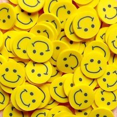 Polymer Clay Cane - Yellow Smiling / Smiley Face - for Miniature Food / Dessert / Cake / Ice Cream Sundae Decoration and Nail Art Yellow Aesthetic Pastel, Rainbow Aesthetic, Aesthetic Colors, Face Aesthetic, Aesthetic Vintage, Mellow Yellow, Neon Yellow, Color Amarillo Pastel, Smiley Emoticon