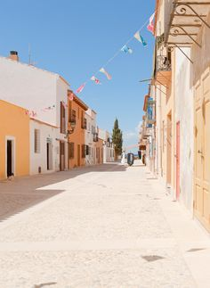 Alicante, Pop Up Shops, Oh The Places You'll Go, Perfect Place, Spanish, Beautiful Places, Around The Worlds, City, Island