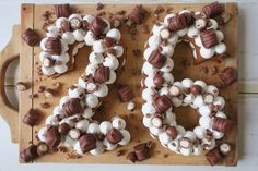 number cake noir et rose Cupcakes, Cake Cookies, Cupcake Cakes, Number Birthday Cakes, Number Cakes, Surprise Cake, Egg Cake, Beautiful Birthday Cakes, Cake Business
