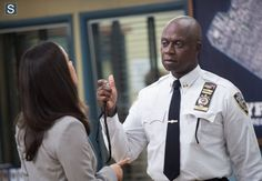 """#Brooklyn99 2x01 """"Undercover"""" - Andre Braugher as (Cptn. Holt) and Melissa Fumero as (Detective Amy Santiago)"""