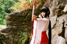 Amazing Kikyo cosplay. It makes me want to re-watch the series. Cosplay credit goes to: http://sara1789.deviantart.com/