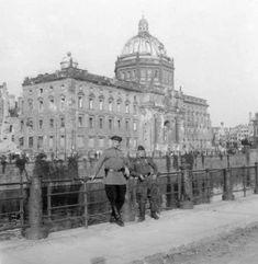 "BERLIN | City Palace Reconstruction (Stadtschloss) - ""Humboldt-Forum"" | U/C - Page 29 - SkyscraperCity"