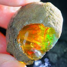 72Ct ContraLuz Ethiopian Welo Rough Specimen Rough Opal