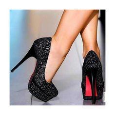 sparkly + black + pink = cute heels ♥