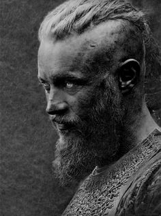 "❖ ""I know things about Ragnar Lothbrok you do not know."""