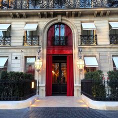 """""""I have been anxiously waiting for La Réserve Paris to finally open its doors. The chic 40-room hotel is a perfect hideaway from all the madness of fashion week. I had visited La Réserve in Ramatuelle a few times before and loved its design and impeccable service."""""""