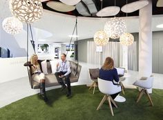The visionary TeamBank HQ in Nuremberg: a new way of working in a bank. Ground Floor, Meet & Create, Project Area, Lounge. Photo credit: TeamBank AG / easyCredit.