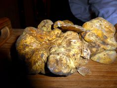 White Truffles at Sirio Ristorante: An authentic taste of Italy in Manhattan http://www.moretimetotravel.com/white-truffles-sirio-ristorante-authentic-taste-italy-manhattan/