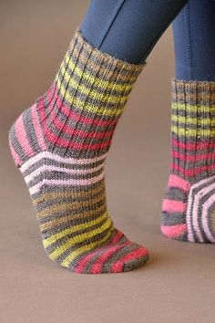 Back to Basics Socks Free Knitting Pattern - 1 skein knitting project! : Back to Basics Socks Free Knitting Pattern – 1 skein knitting project! Knitted Socks Free Pattern, Crochet Socks, Knitting Socks, Knitting Patterns Free, Free Knitting, Knit Socks, Debbie Macomber, Patterned Socks, Striped Socks