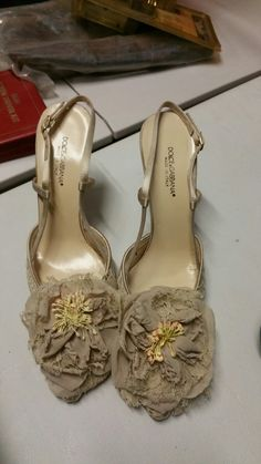 Dolce & Gabbana heels with flowers. Satin laced sides. Size 36. Worn once. With box. $50 #dolceandgabbana #love #shoes #style #cute #fashion #white