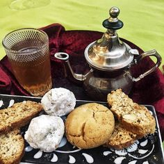 The end of a huge delicious meal at Le Riad Restaurant Casablanca. Te de menthe with biscuits. #casablanca #morocco #tea #minttea #biscuits #dinner #delicious #food #dinner #tastetravel #tastestravelfoodadventuretours #sunshinecoast #australia #travel #trip #traveler #holiday #foodtour #foodadventures #instafood #instagood #instayum