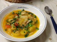 Receita de Sopa de Mandioquinha Salsa - sopa (para pegar o gosto dos ingredientes) e depois de tudo cozido acrescente o cheiro verde. Na hora de servir, coloque um pouco de queijo ralado...
