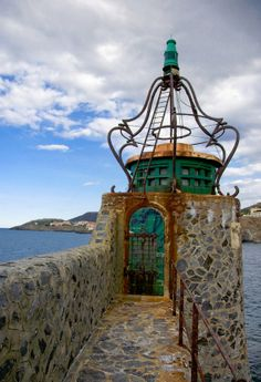 Collioure Lighthouse | Photo by David Blaikie