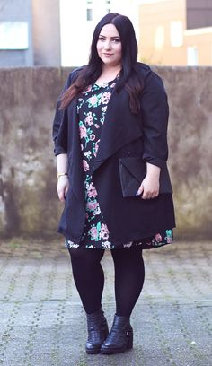 The Fashionable Plus-Size Outfit Ideas for Fall 2018 13 Plus Size Fashion Blog, Plus Size Fashion For Women, Curvy Fashion, Plus Clothing, Plus Size Womens Clothing, Clothes For Women, Clothing Sites, Elegant Clothing, Clothing Patterns