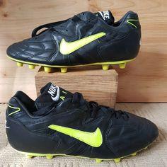 71d58741b456 BNIB Nike Air Rio M Plus Football Boots Black and Yellow/Neon Mens UK Size
