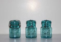 ball mason jars, cheekyvintagecloset.etsy.com