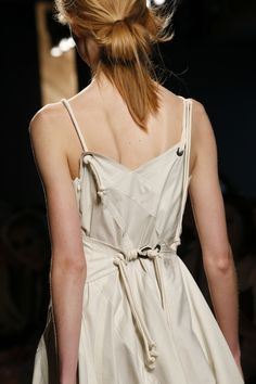 Bottega Veneta Spring 2016 Ready-to-Wear Fashion Show Details