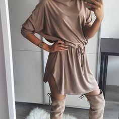 Brązy, brązy, brązy... 💕💕 Uwielbiamy! 😊 zamszowa sukienka dostępna tutaj 👉 www.mosquito.pl #skleponline #zakupyonline #shopping #onlinestore #mosquitopl #dress #sukienka #fashion #ootd #style #selfie