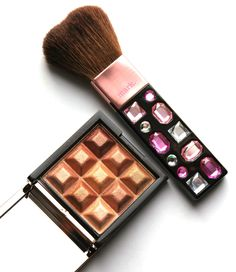 Touch & Glow Shimmer Cubes and What A Gem Face Brush Will Get You Glowing! Makeup Brush Uses, Cubes, Helpful Hints, Beauty Products, Eyeshadow, Blush, Gems, How To Apply, Skin Care