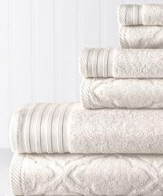 Look at this #zulilyfind! White Jacquard & Solid Geo Maze Towel Set #zulilyfinds