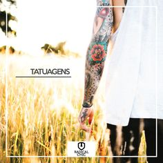 Curte tatuagem? Está pensando em fazer uma? Além de serem super estilosas, a tatuagem é a oportunidade de eternizar na sua pele aquilo que é importante para você! A nossa dica é pensar bem antes de fazer e escolher um profissional capacitado: tatuagem não tem volta. Escolha com cuidado e peça referência aos seus amigos. #RadicalChic #ModaMasculina #TodaHoraÉ #Tatuatem #Tattoo