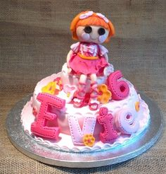 LaLaLoopsy Birthday Day | docrafts.com Edible Creations, Lalaloopsy, Edible Art, Birthday Cake, Desserts, Projects, Food, Tailgate Desserts, Log Projects