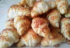 Sajtos kifli Baklavaria konyhájából | NOSALTY Salty Snacks, Sushi, Shrimp, Sausage, Bacon, Bakery, Chips, Bread, Cooking