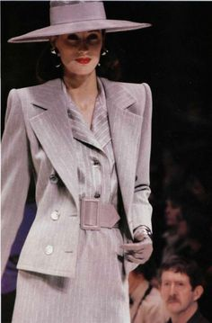 Hubert De Givenchy Designs | Hubert de Givenchy (1927)
