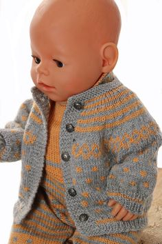 Lovely doll knitting pattern for American Girl - be inspired with the stripes and squares