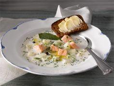Perinteinen kalakeitto on maittavaa perusruokaa, joka sopii niin arkeen kuin viikonloppuun.