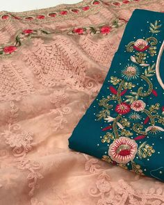 Embroidery Suits, Embroidery Designs, Trumpet Skirt, Portrait Photography Poses, Kurti Designs Party Wear, Flower Jewelry, Other Outfits, Punjabi Suits, Beautiful Asian Girls