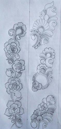 Very Simple Mehndi Designs, Traditional Henna Designs, Pretty Henna Designs, Peacock Mehndi Designs, Mehndi Designs Book, Stylish Mehndi Designs, Mehndi Designs For Girls, Mehndi Design Pictures, Wedding Mehndi Designs