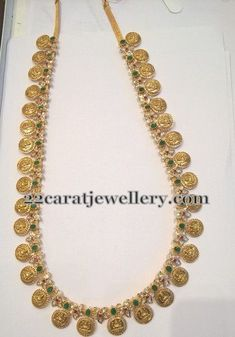 Latest Collection of best Indian Jewellery Designs. Kids Gold Jewellery, 18k Gold Jewelry, Indian Jewellery Design, India Jewelry, Beaded Jewelry, Jewelery, Jewelry Design, Designer Jewelry, Jewelry Patterns
