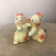 Commodore Dog Salt and Pepper Shakers Spaniel 3 Vintage Set of Noise Makers