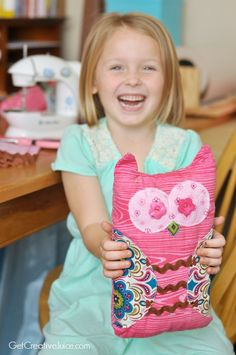 Adorable & Easy beginner sewing project for kids - cute stuffed owl!