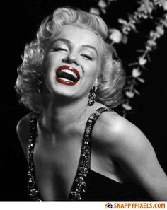 Marilyn Monroe Black and White Pictures with Red Lips - Snappy Pixels