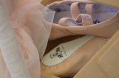 Zapatillas de Ballet <3 Elaboradas artesanalmente para bailar contigo. #BalletSlippers #Pink #Danza #HechoenMéxico #QUIJAS
