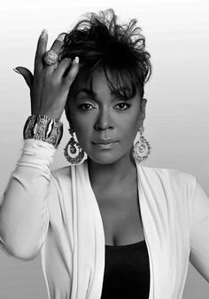 Anita Baker: Wow she aged so beautifully and flawlessly