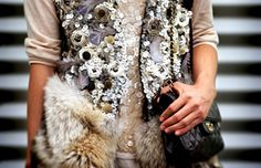 (via Oh Fashion / loving over the top layers…)