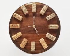 Wine Clock - Walnut - Cork Clock - Wine Themed Gift - Wine Cork Decor - Wine Wall Clock - Gift for Wine Lover - Bar Decor - Wine Cork Craft Weinuhr - Wine Craft, Wine Cork Crafts, Wine Bottle Crafts, Diy Cork, Wall Clock Gift, Wine Cork Art, Wine Corks, Wine Cork Ornaments, Wine Cork Projects