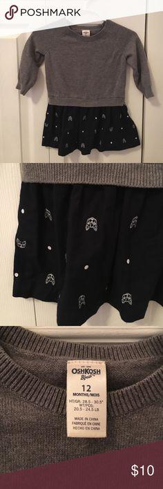 OshKosh- Sweater dress, 12 months OshKosh- Like New, 12 month sweater dress.  Cute bulldog/Boston Terrier detail on navy skirt with heather gray sweater top. Adorable! Osh Kosh Dresses